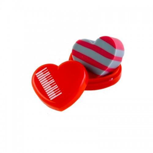 Goma corazón con caja