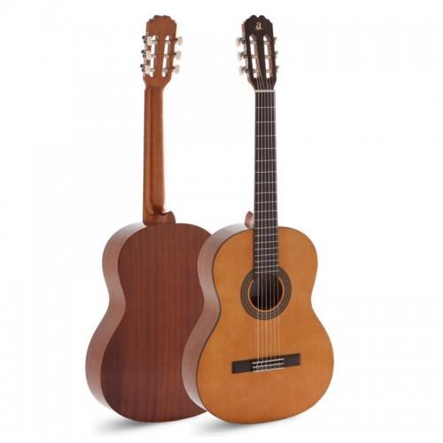 Guitar Admira Paloma