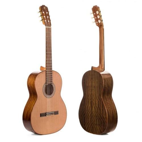 Guitar Prudencio Sáez 1-S