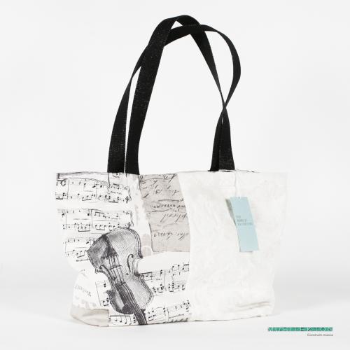 Bag Haydn II Musitekton by Tina Gran